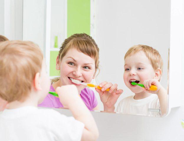 cu - copilul la dentist