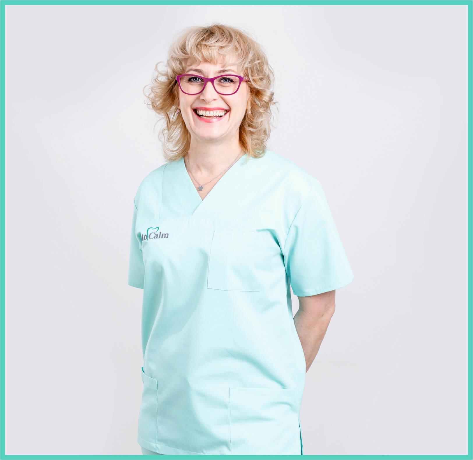 Melinda Segesvary - Asistent dentar sef - Clinica Dentocalm